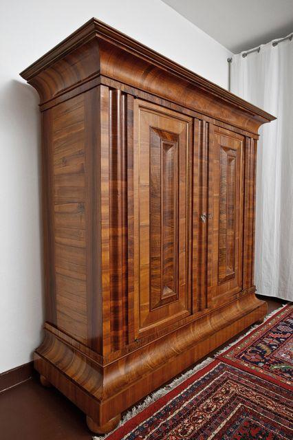 frankfurter wellenschrank um 1750 antike m bel und. Black Bedroom Furniture Sets. Home Design Ideas