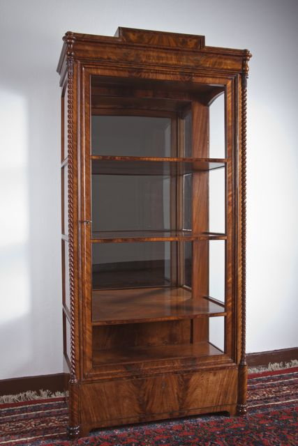 biedermeier vitrine mahagoni antike mbel und antiquitten berlin. Black Bedroom Furniture Sets. Home Design Ideas
